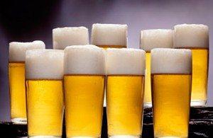 glazen pilsner bier